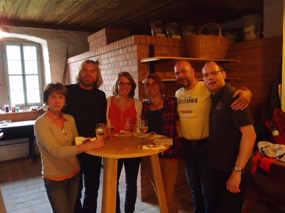 Glücklich und zufrieden von links: Christina, Guide Torsten, Janina, meine Buntigkeit, Claus und Martin.:
