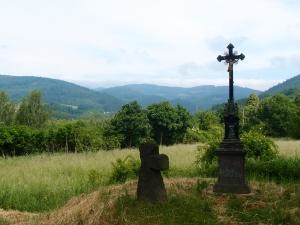 Auf dem Weg zwischen Perštejn und Černýš.